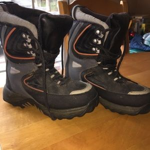 Other - Snow boots // size 4 (youth)